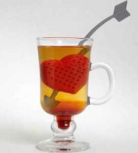 kalp çay süzgeci