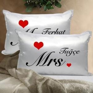 Çiftlere Özel Mr. ve Mrs. Yastık